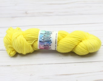 100% super wash  yellow tonal 4 ply  merino yarn