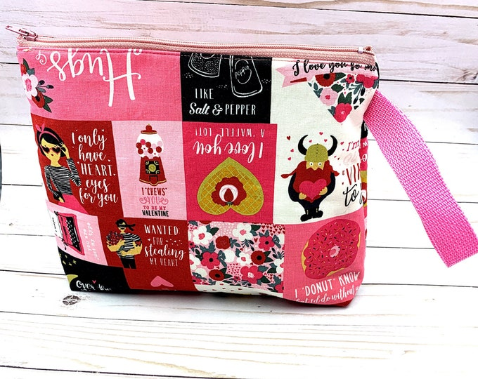 project bag for knitters, Valentine's Day,crochet, travel bag 10x 9 inches