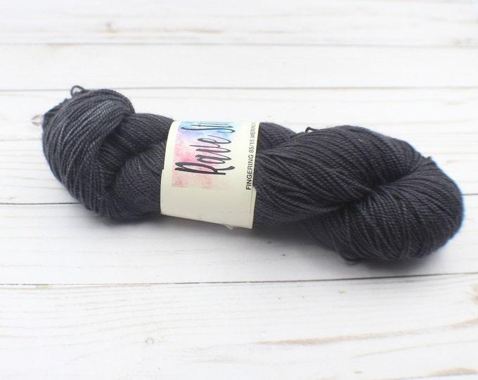hand dyed  sock yarn  charcoal colour 85/15 high twist, super wash  fingering  indy dyed merino nylon yarn