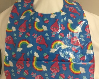 Trolls Juvenile/Child Waterproof Clothing Protector with Front Pocket