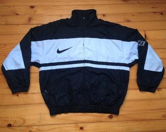 91c99f9bb7 Vtg NIKE windbreaker jacket • 80s 90s Hip hop Rap Vintage Retro Old school    Adidas Hilfiger Kappa Gucci Kani Champion Gosha Jordan   size L