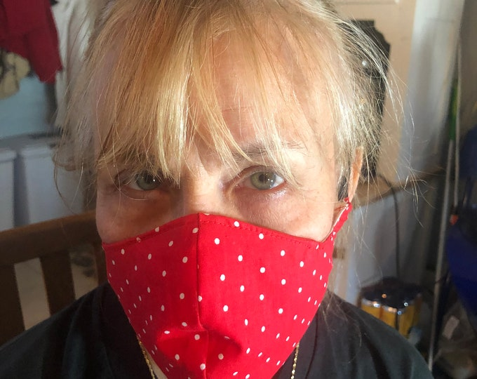 Womens /Teenager mask with filter pocket and nose wire