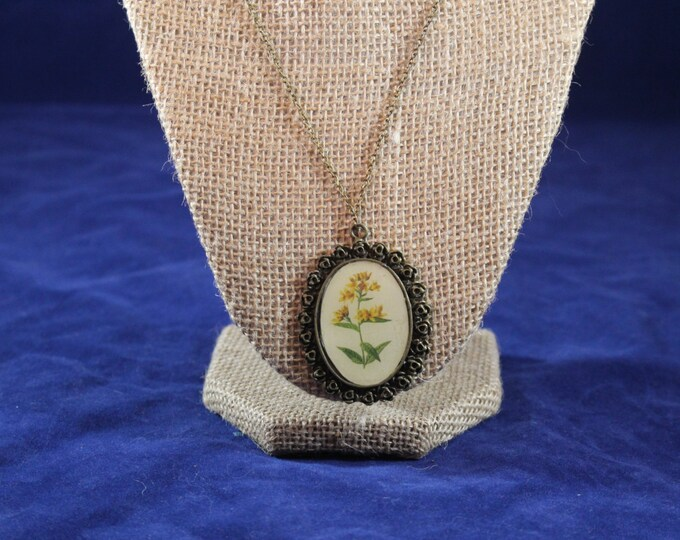 Yellow Flowers antique feel brass necklace