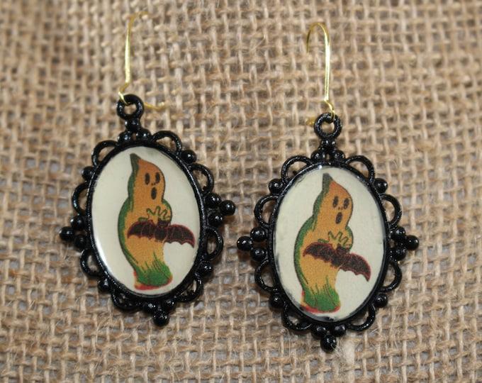 Vintage style Halloween ghost/bat earrings