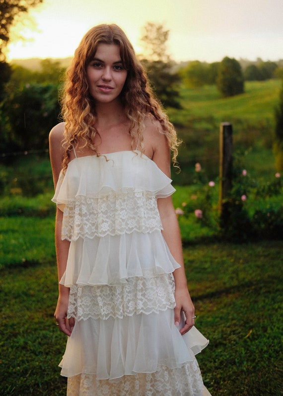 Vintage Cream Dress - Tiered lace ruffles