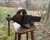 Reed 104-1 2 Bench Vise 4-1 2 quot jaws.