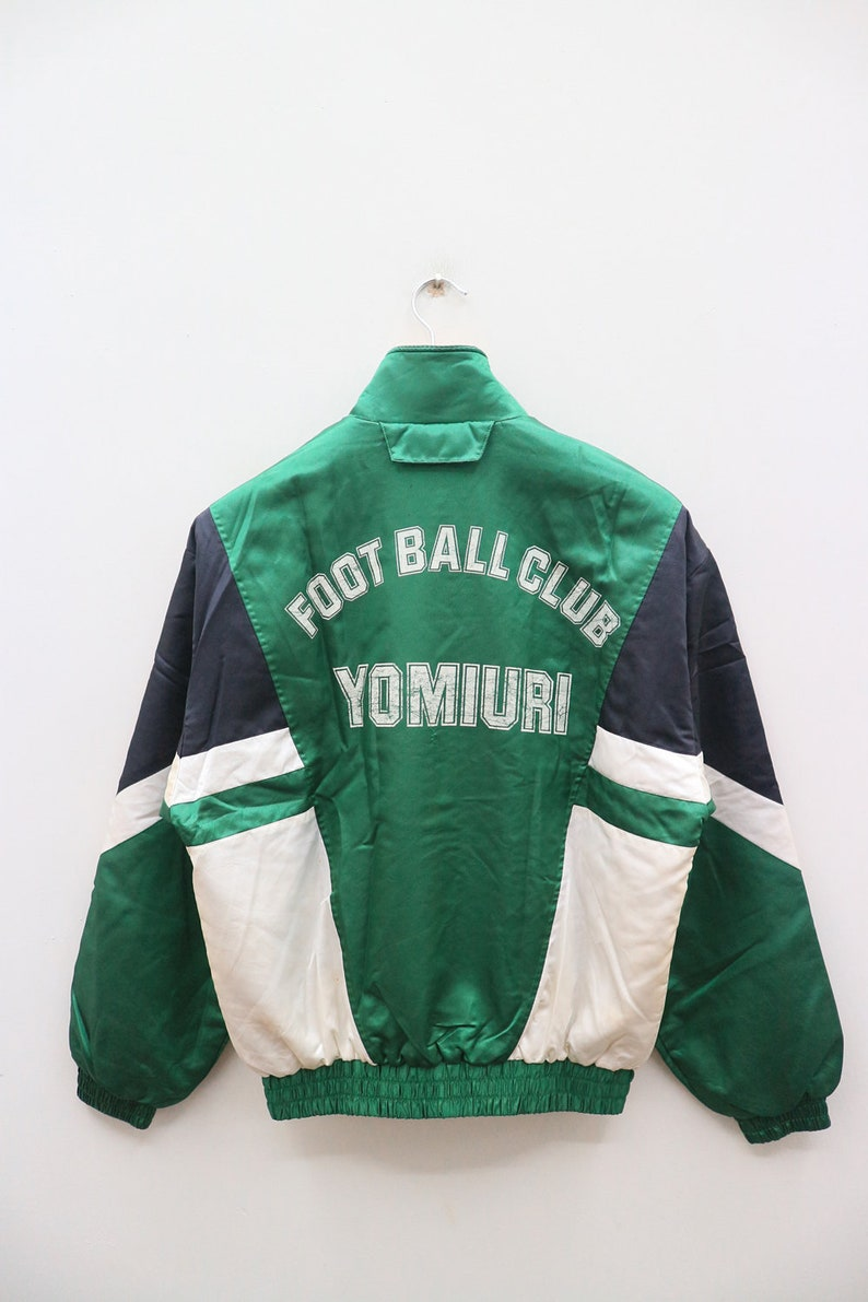 336c29a0bdd7b Vintage PUMA Small Logo Small Spelll Yomuri Nippon FC BELEZA Sportswear  Green Zipper Training Track Jacket
