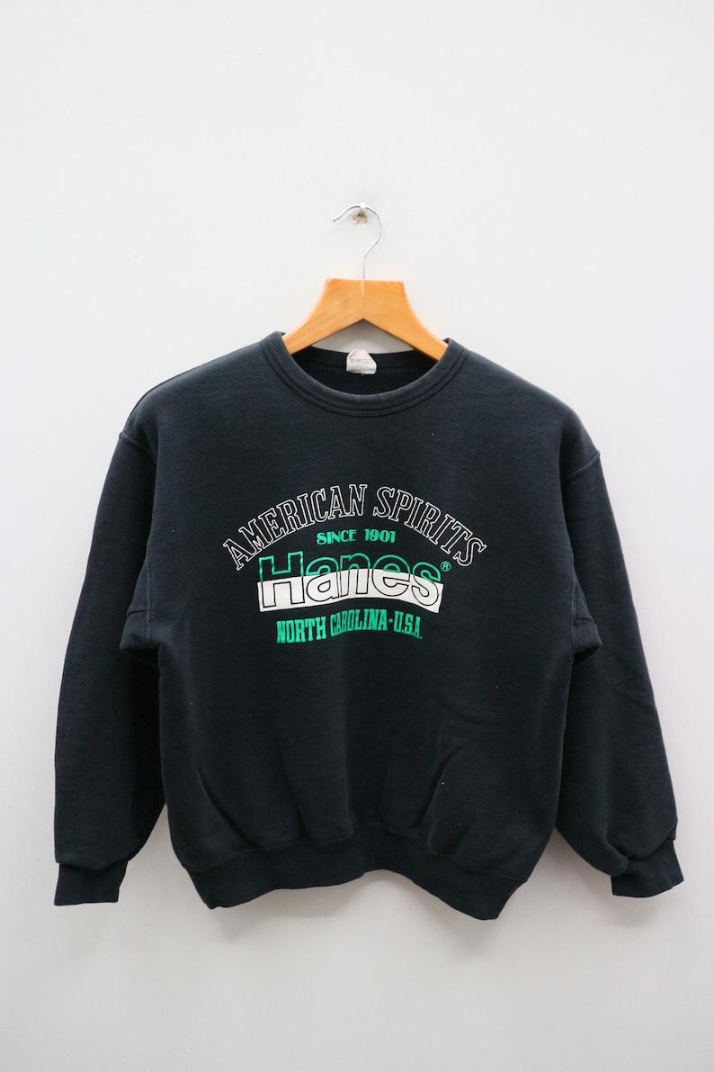 Vintage HANES American Spirit Since 1901 North Carolina-USA Big Logo Big  Spell Streetswear Black Pullover Sweater Sweatshirts Size M