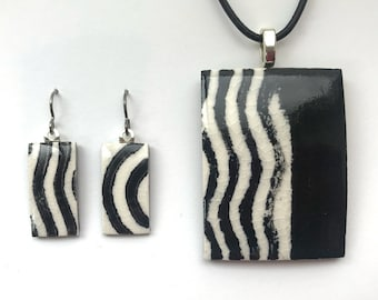 Pendant & Earrings Set handprinted porcelain with black wavy lines and stripes on white background