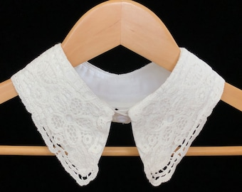 Off-White Cotton Lace Collar