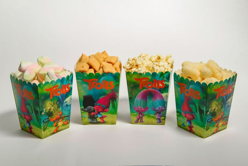 Mia and Me Party Box for Sweets Candy Box Popcorn boxes Set of 8 Boxes