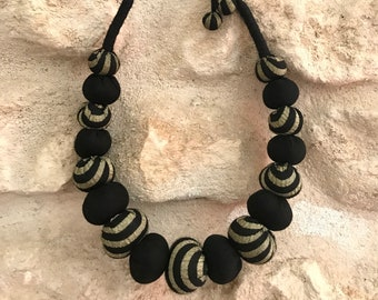 Textile necklace Textile necklace Textile jewelry Collar low neck Black necklace and gold Handmade cotton necklace CURRY