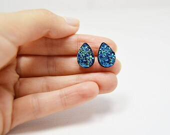 Druzy Earrings, Tiny Stud Earrings, Druzy Stud Earrings, Teardrop Earrings, Blue Druzy Earrings, Blue Earrings, Gift for Her. Druzy Jewelry
