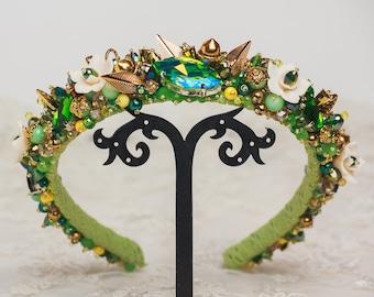 Crystal green tiara Emerald gold crown Bridal Baroque headband Jeweled headband for woman Gift for her Beach Wedding boho Dolce tiara crown