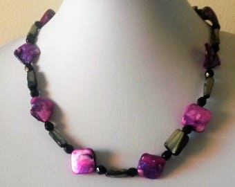 Marbled fuschia and silver necklace, purple and pink beaded necklace