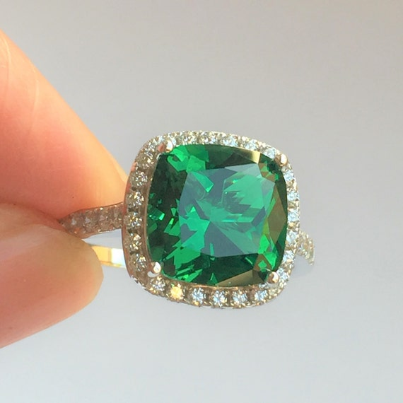 Simulated May Birthstone Emerald CZ Womens 925 Sterling Silver Heart Ring Sizes 4-12