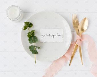 Free Table Place Card Template from i.etsystatic.com