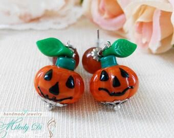 Halloween stud earrings gift for daughter Jack O Lantern earrings Pumpkin orange Halloween jewelry Woodland autumn earrings Glass Lampwork