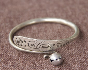 stamped 800 twist opening soft geometric bevelling Old solid silver bangle bracelet ethnic tribal gypsy 19 g