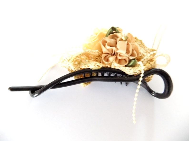 Ribbons crochet beige flower hair clip rhinestone beads