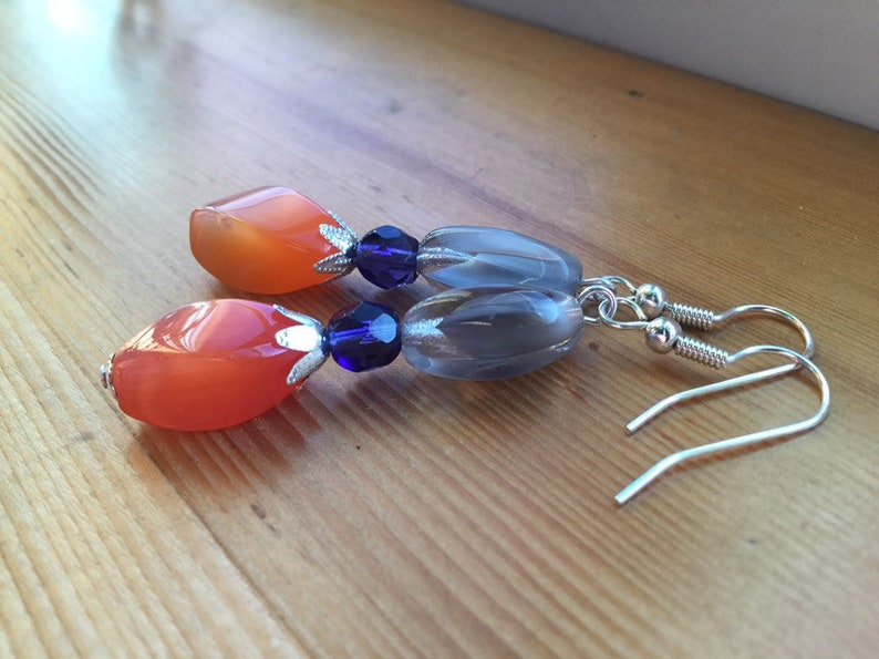 Glass /& Fire Polished Glass Beaded Earrings Clear Silver Plated Brass Bead Caps Grey And Orange