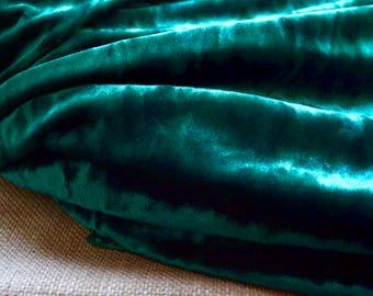 Green velvet fabric, Velvet fabric, Dark green velvet, Upholstery velvet, Bohemian fabric, Crushed Velvet, Upholstery fabric, Vintage velvet