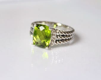 Used David Yurman 10x8 mm Green Peridot & DIAMOND Wheaton Ring Size 7