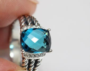 Used David Yurman 10x8 mm  Hampton Blue TOPAZ & DIAMOND Wheaton Ring Size 5
