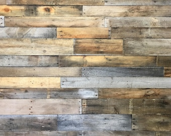 Reclaimed Pallet Wood 25 sq ft - Dismantled Pallet Boards - Reclaimed Wood Planks - Wood Wall Covering - Shiplap - Pallet Wall - Accent Wall