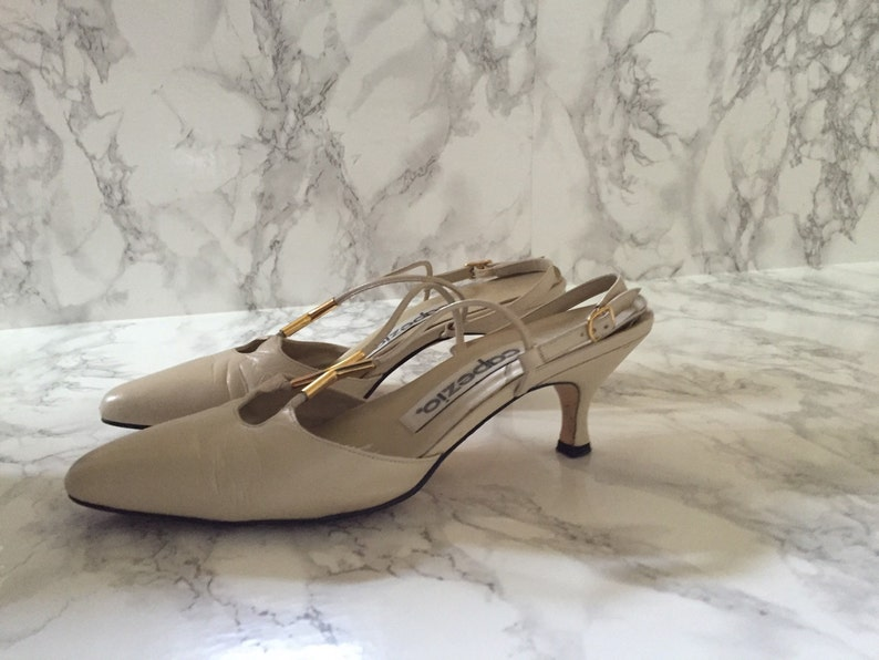 706f37fc68099 vanilla white leather heels | 80s criss cross strappy pumps | size 7.5