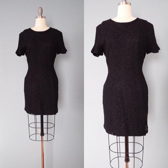 BLACK lace mini dress | little black dress