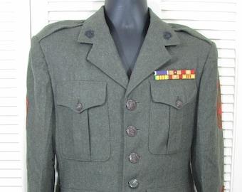 USMC Dress Blue Tunic size 36R New old Stock