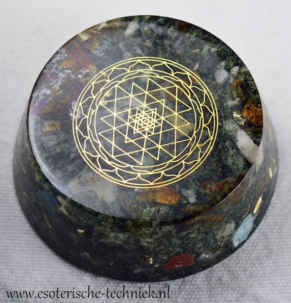 Orgone Orgonite Tower Buster Sri Yantra Preseli Bluestone