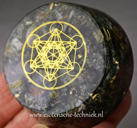 Orgone Orgonite Tower buster with the Metatron symbol
