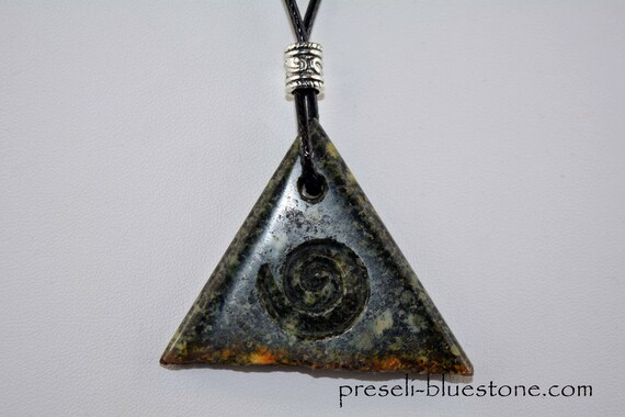 PRESELI BLUESTONE Triangle Pendant with carved Spiral, hand carved by Artist Ivo Manus (Manus-Skulls.com) (#18)