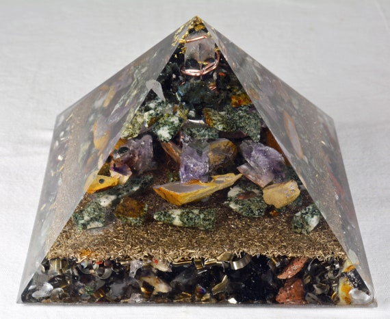 Orgone Orgonite Pyramid with Gold Leaf, Preseli Bluestone, Petrified Wood and Amethyst