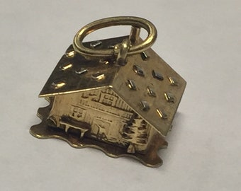 Vintage Estate 14K Yellow Gold 3D Moveable Cabin Charm