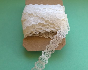 10 meters of white vintage lace
