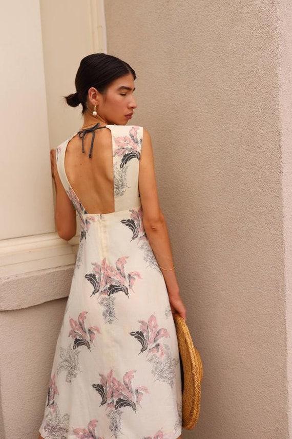 Vintage 1970s Feather Print Dress