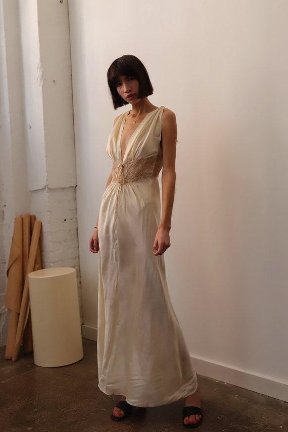 Vintage 1930s Cream Satin Gown