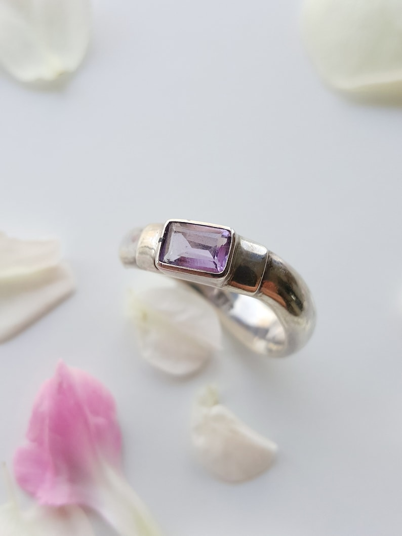 Sterling Silver Rectangular Stone Wave Shape Ring Faceted Amethyst Ring  Minimal Ring Modernist Ring Vintage Blue Topaz Ring Gift for wife