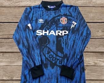 Manchester United 1992-1993 Away  7 CANTONA  11 GIGGS Soccer Jersey  Football Shirt S M L XL dc881ec76