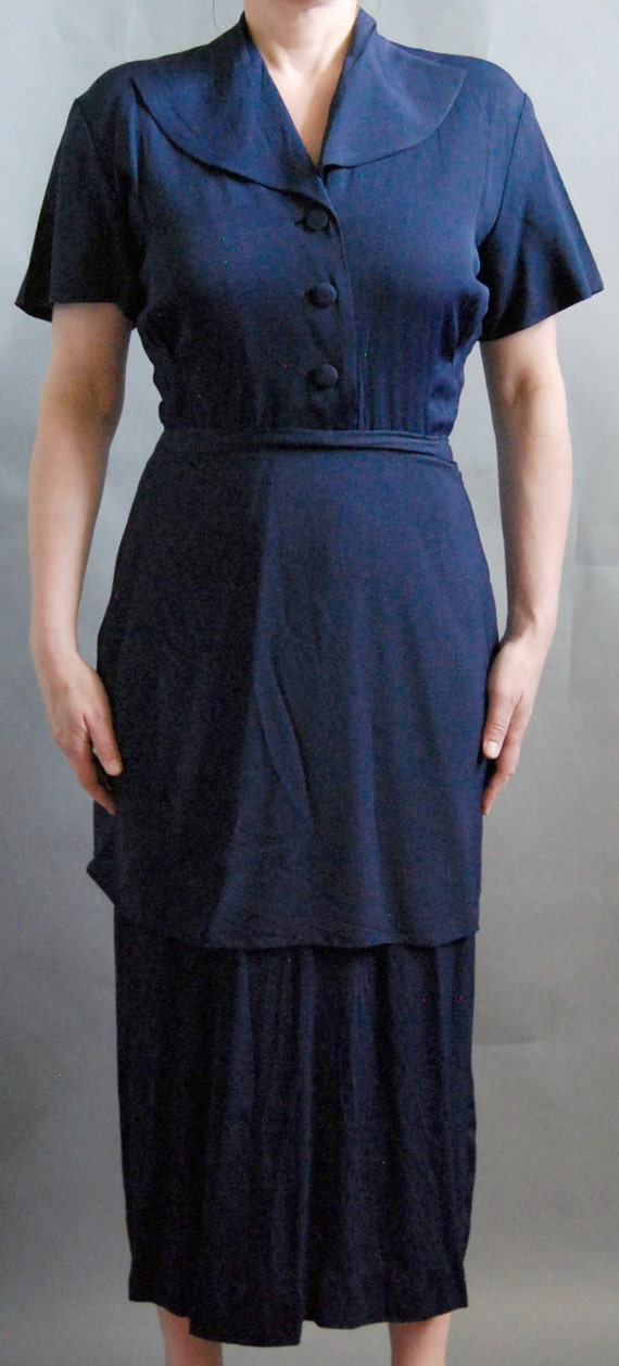 Vintage 1940's style navy blue midi length apron d