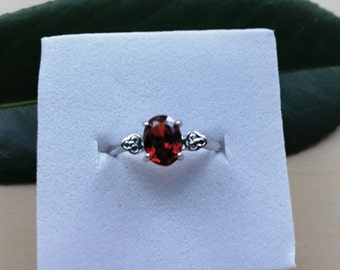 Sterling Silver Garnet Style Ring, Size 8, Red Crystal Ring, Capricorn Star Sign, 2nd Anniversary Stone, January Birthstone
