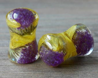 Real Flower Plugs Pair Teardrop Natural Flowers Resin Double Flare Single Flare Purple Yellow Petal Spring Summer Unique Custom Nature Gauge