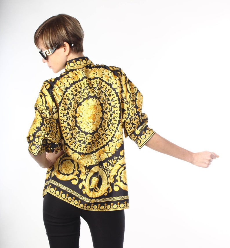 7a2b431e4551d Gianni Versace 90s holy grail shirt black gold crown black