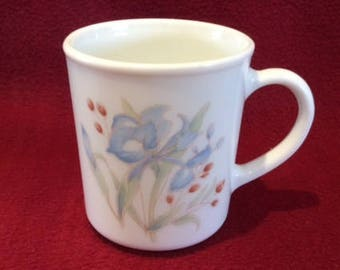 Pyrex Iris Blue Iris Tall Can Coffee or Tea Mugs circa 1985