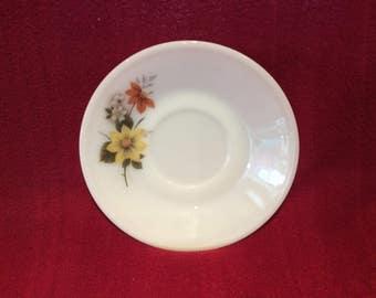 """Pyrex JAJ Autumn Glory Dahlia Tea Saucer 5 11/16"""" diameter"""