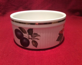 "Alfred Meakin Evesham Fruits Ribbed Souffle Dish 5.5"" diameter 1970's"