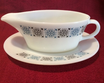 Pyrex JAJ Chelsea Gravy Boat and Saucer